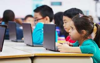 Students_Laptops-01-320x202 News